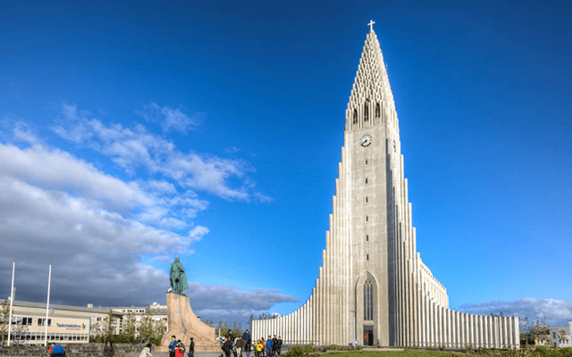 hallgrimskirkja-iceland-church-daylight